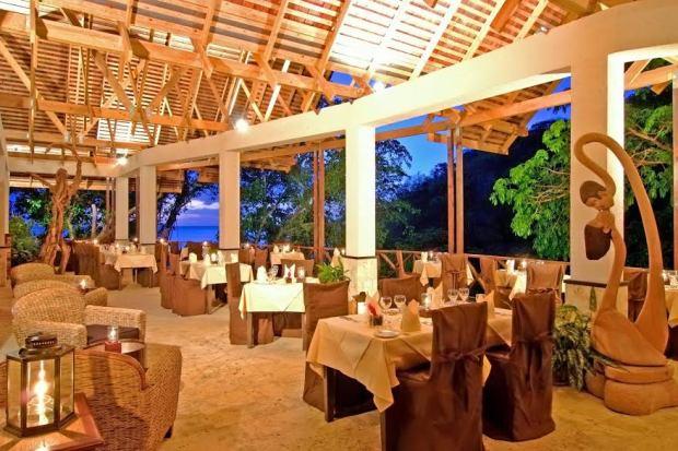 Jade Mtn restaurant